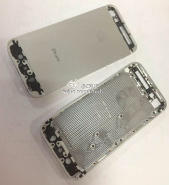 iPhone 5S em produção