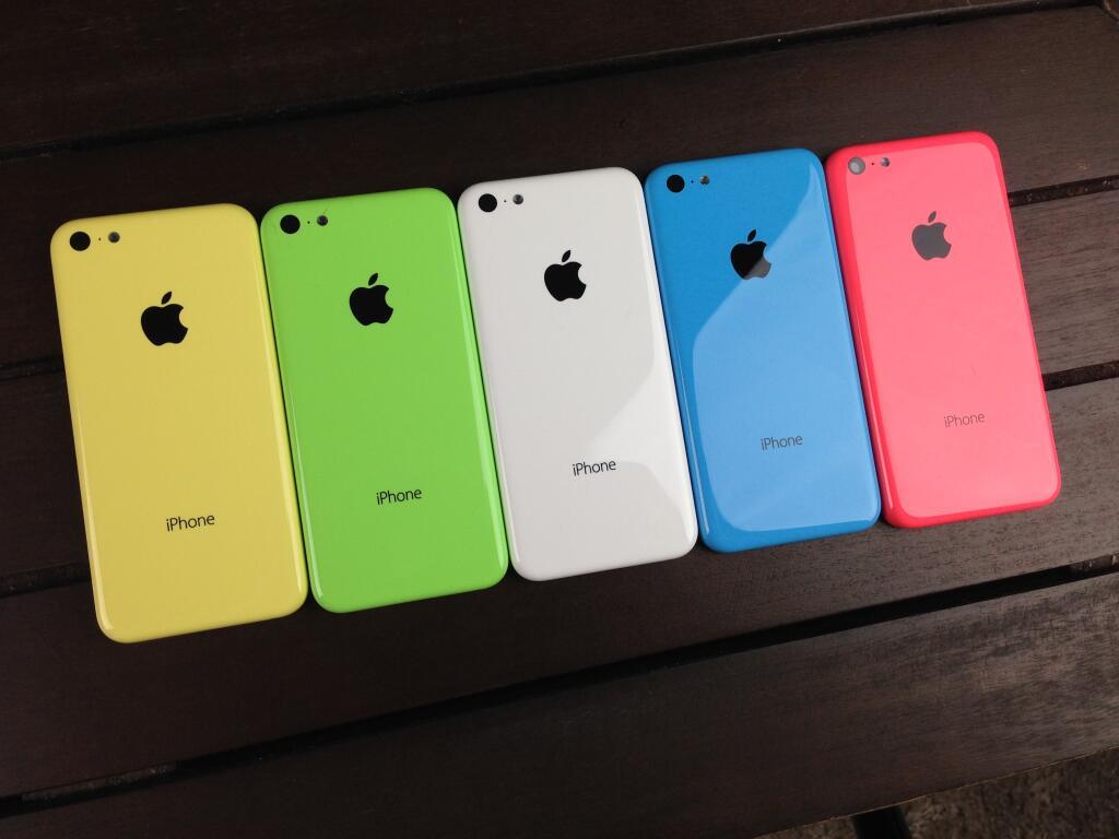Linha de iPhones 5C coloridos