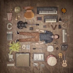 """Capa do álbum """"Música com Defeito"""""""