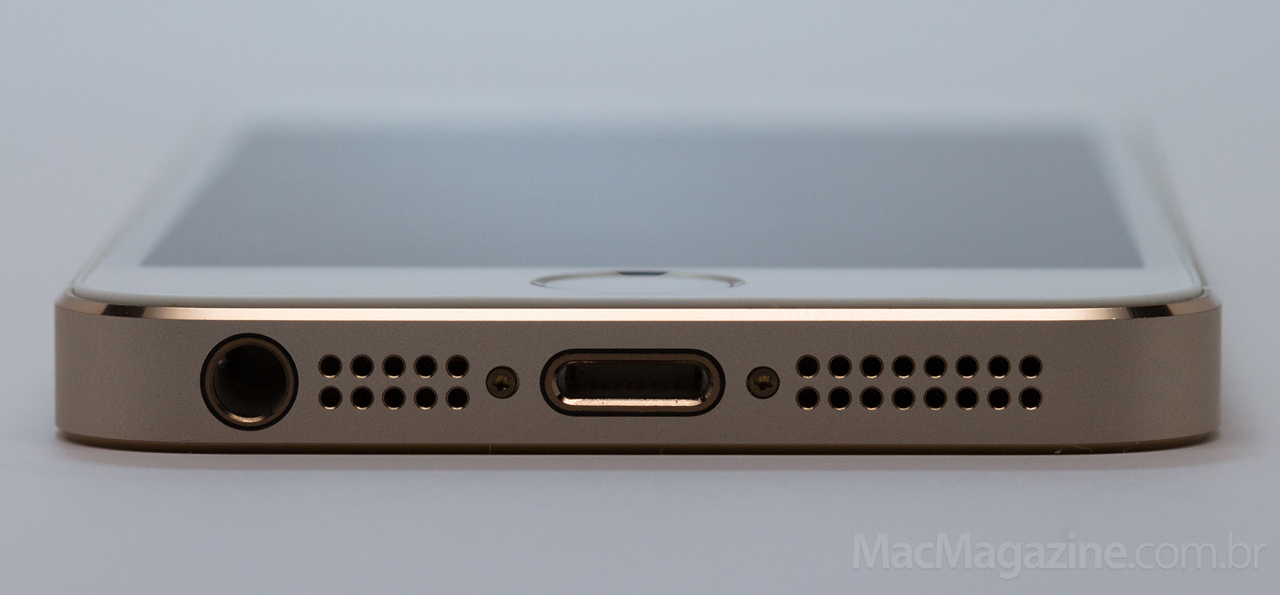 iPhone 5s (by MacMagazine)