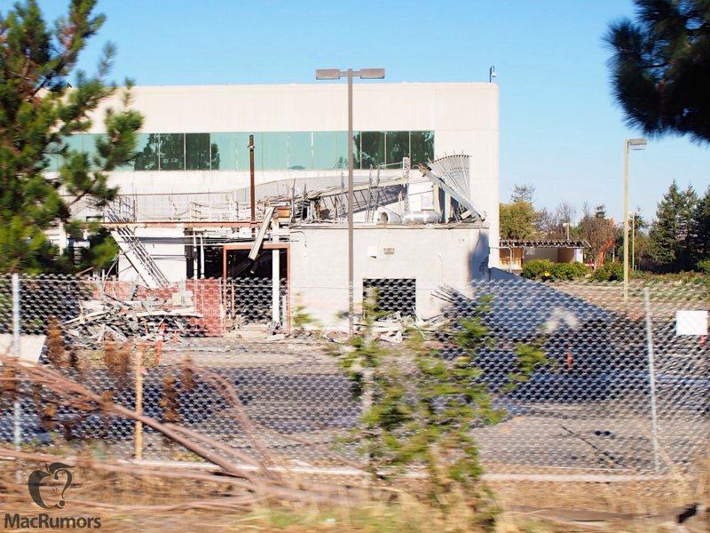 "Obras (demolições) do ""Apple Campus 2"""