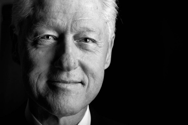 ↪ Vídeo: Bill Clinton, ex-presidente dos Estados Unidos, fala sobre Steve Jobs