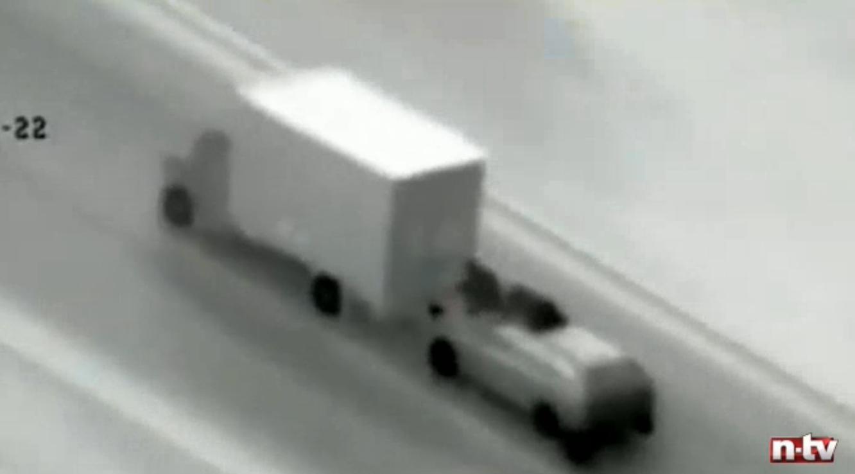 Roubo de iGadgets com caminhão em movimento