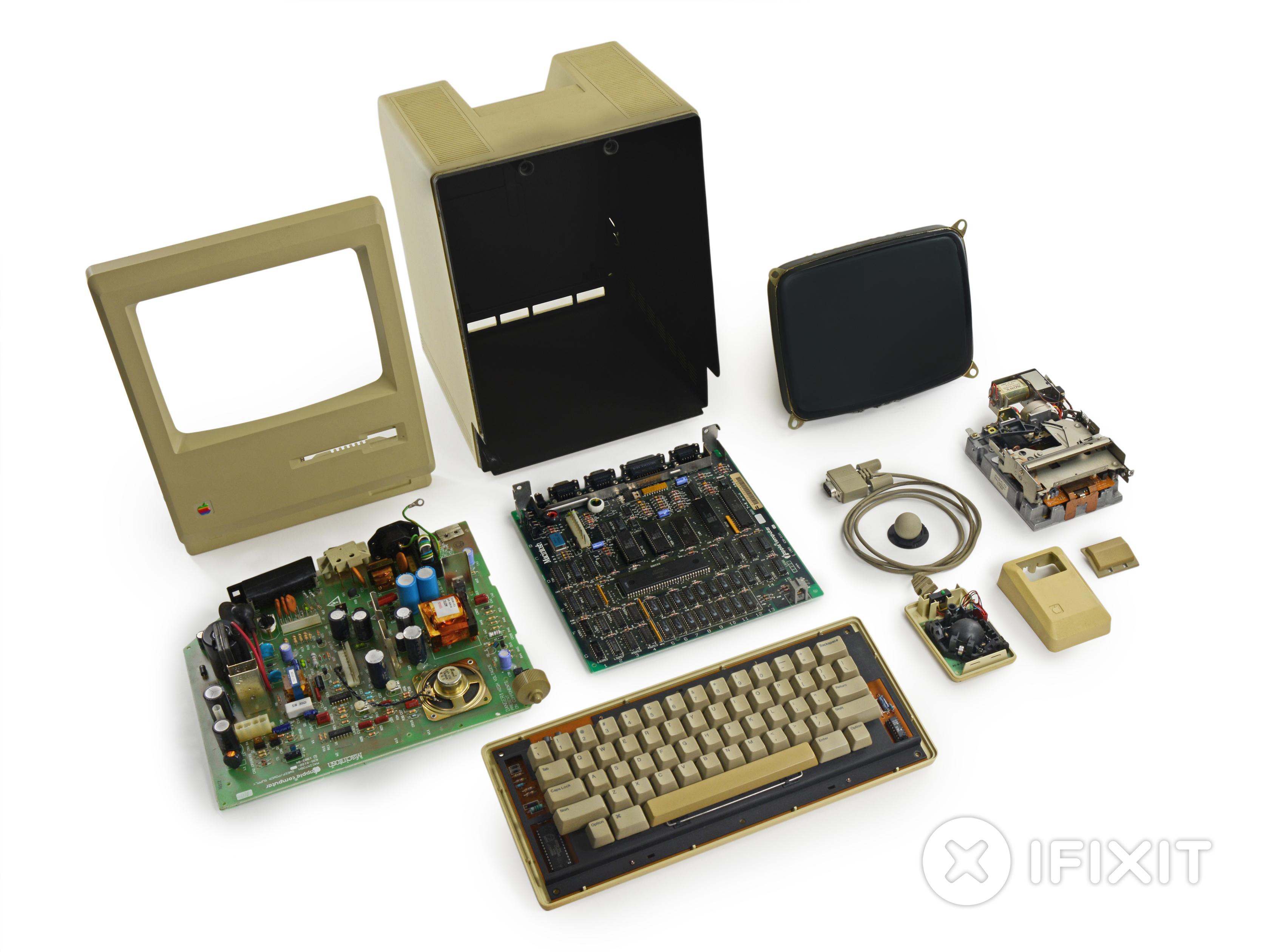Macintosh 128k desmontado pela iFixit
