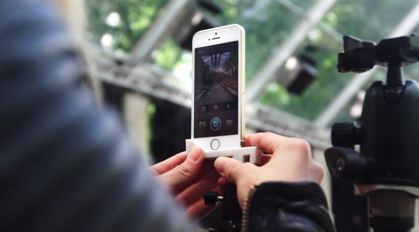 Comercial do iPhone 5s (desfile da Burberry)