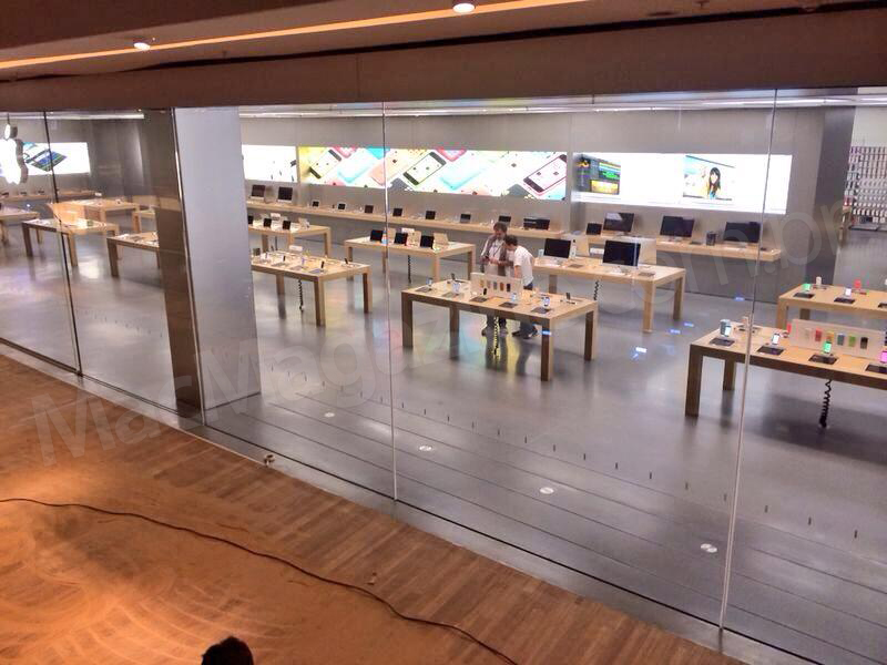 Apple Store - VillageMall sendo revelada