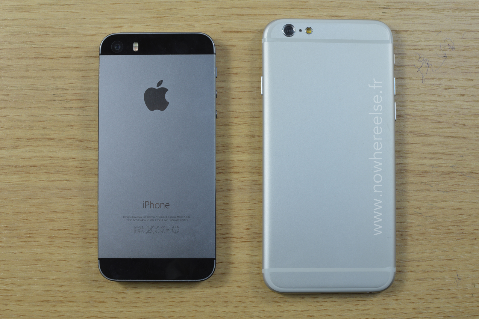Dummy de iPhone 6 comparado com 5s