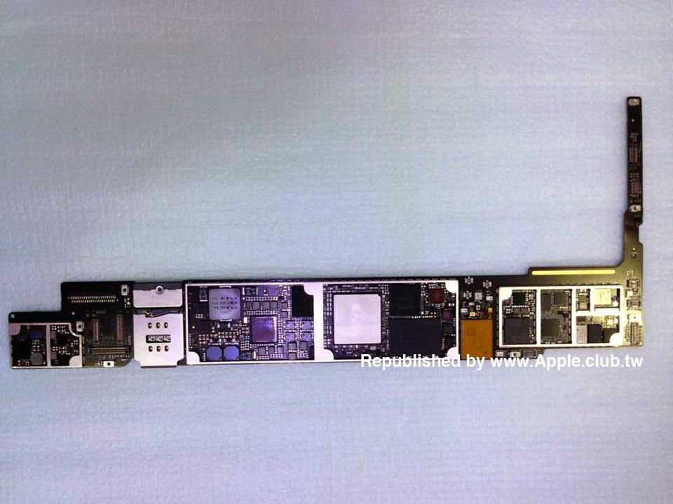 Suposta placa lógica do iPad Air - A8X