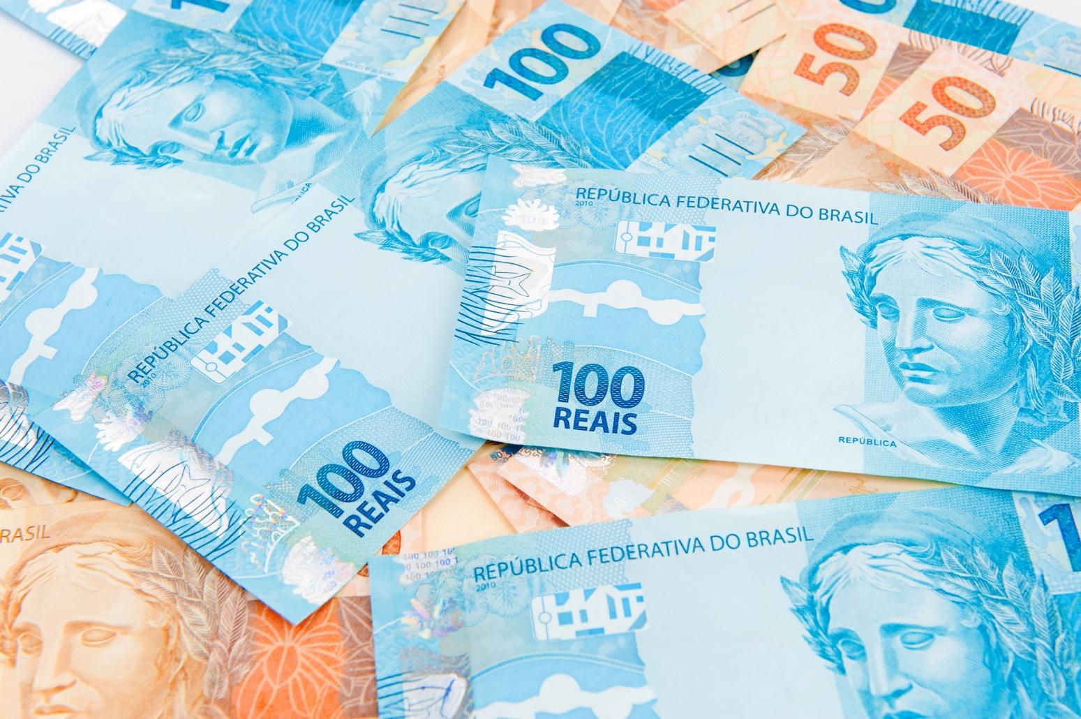 Notas de reais (dinheiro)