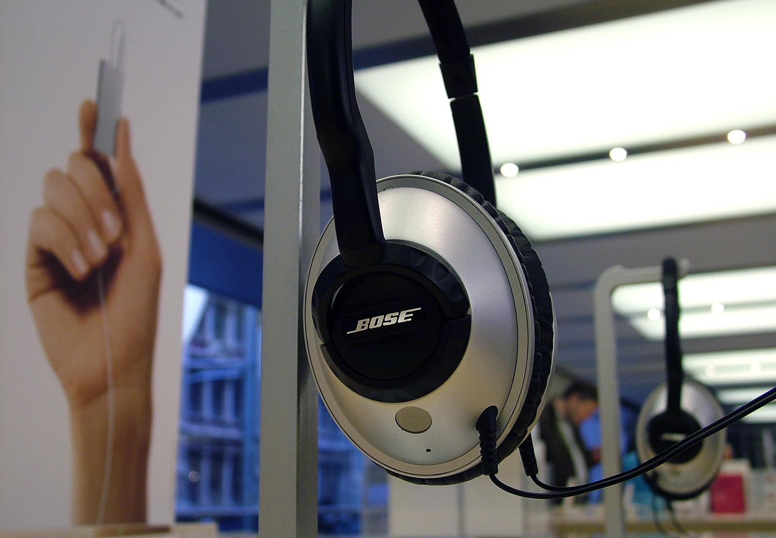 Fone da Bose em Apple Retail Store