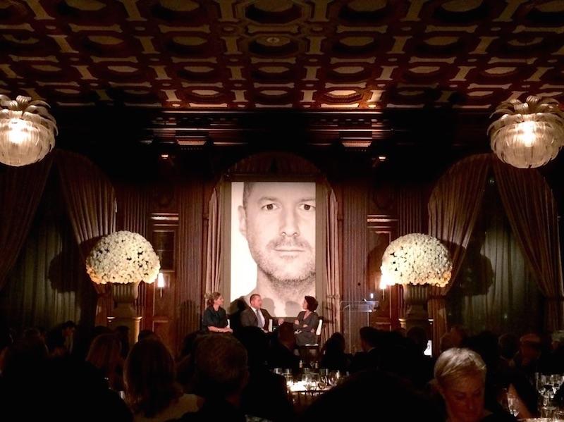 Jony ive no San Francisco Museum of Modern Art