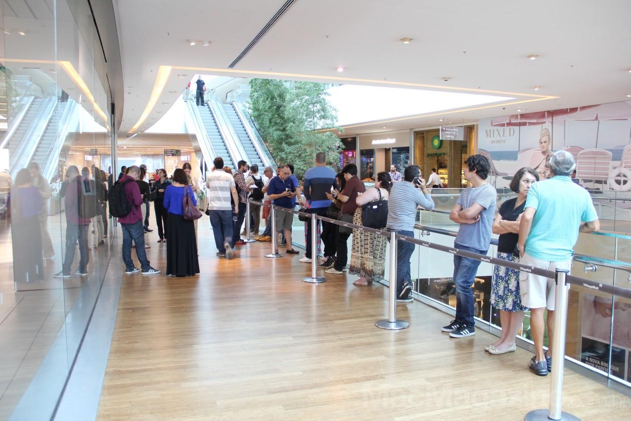 Lançamento dos iPhones 6 e 6 Plus na Apple Store, VillageMall