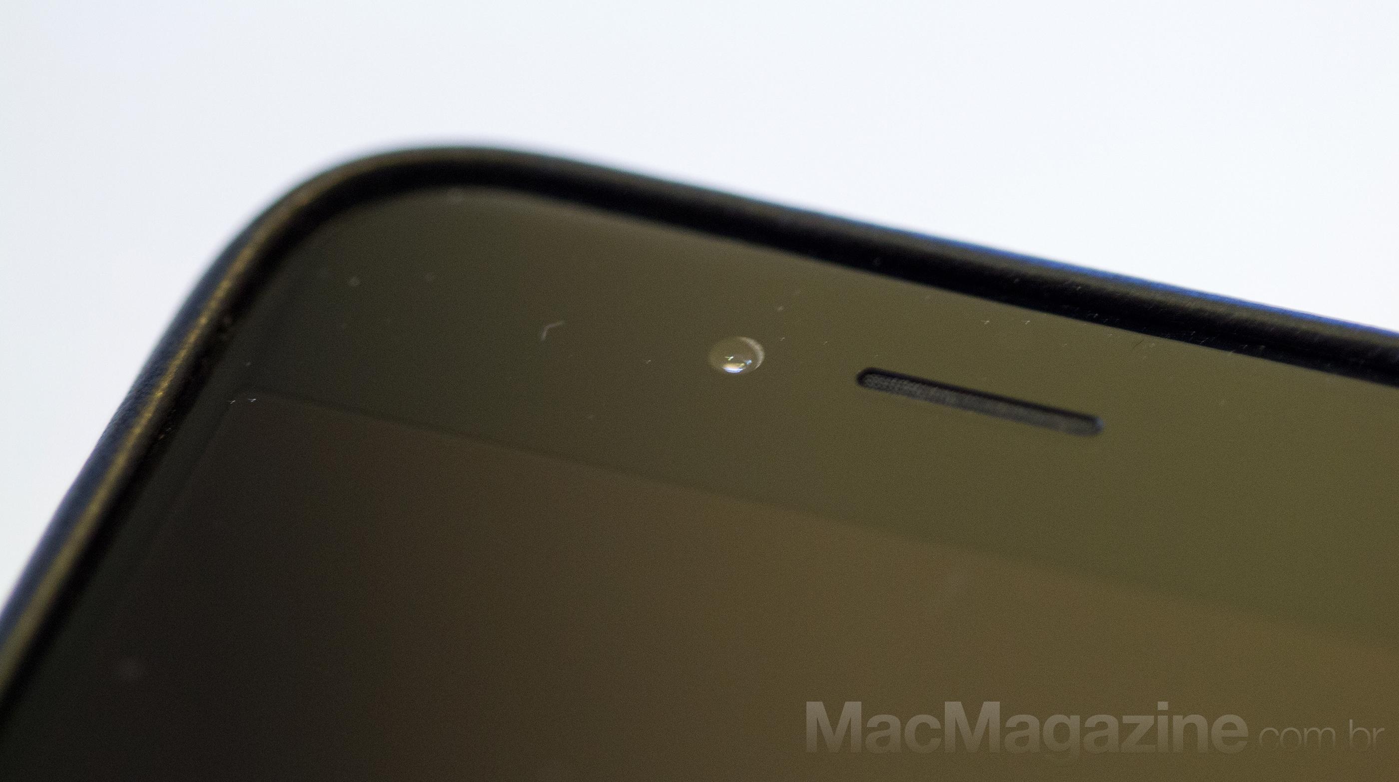 Câmera FaceTime desalinhada em iPhone 6