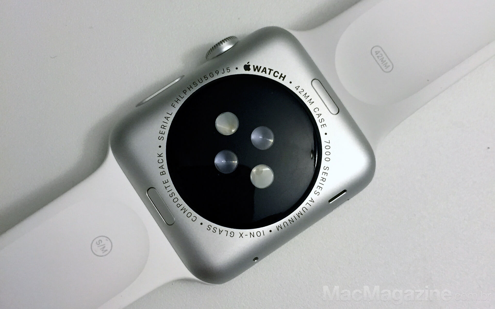 Apple Watch Sport com pulseira Sport branca