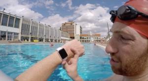 Teste do Apple Watch na água