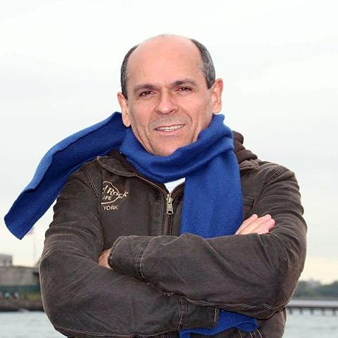Ernani Sousa