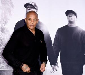 """Dr. Dre no lançamento do filme """"Straight Outta Compton"""""""