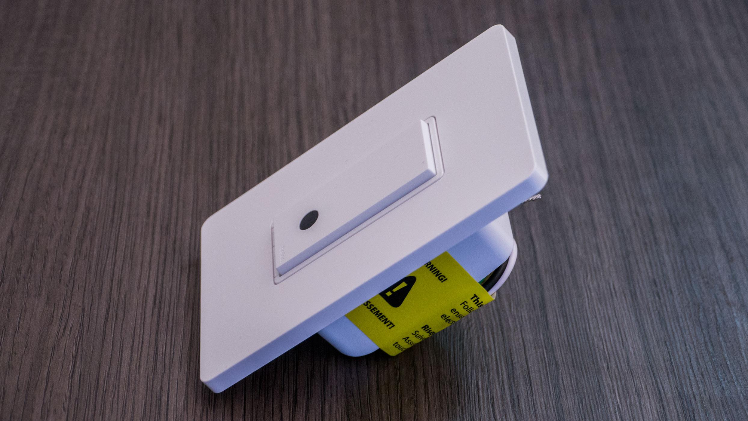 Belkin - WeMo Light Switch (by MacMagazine)