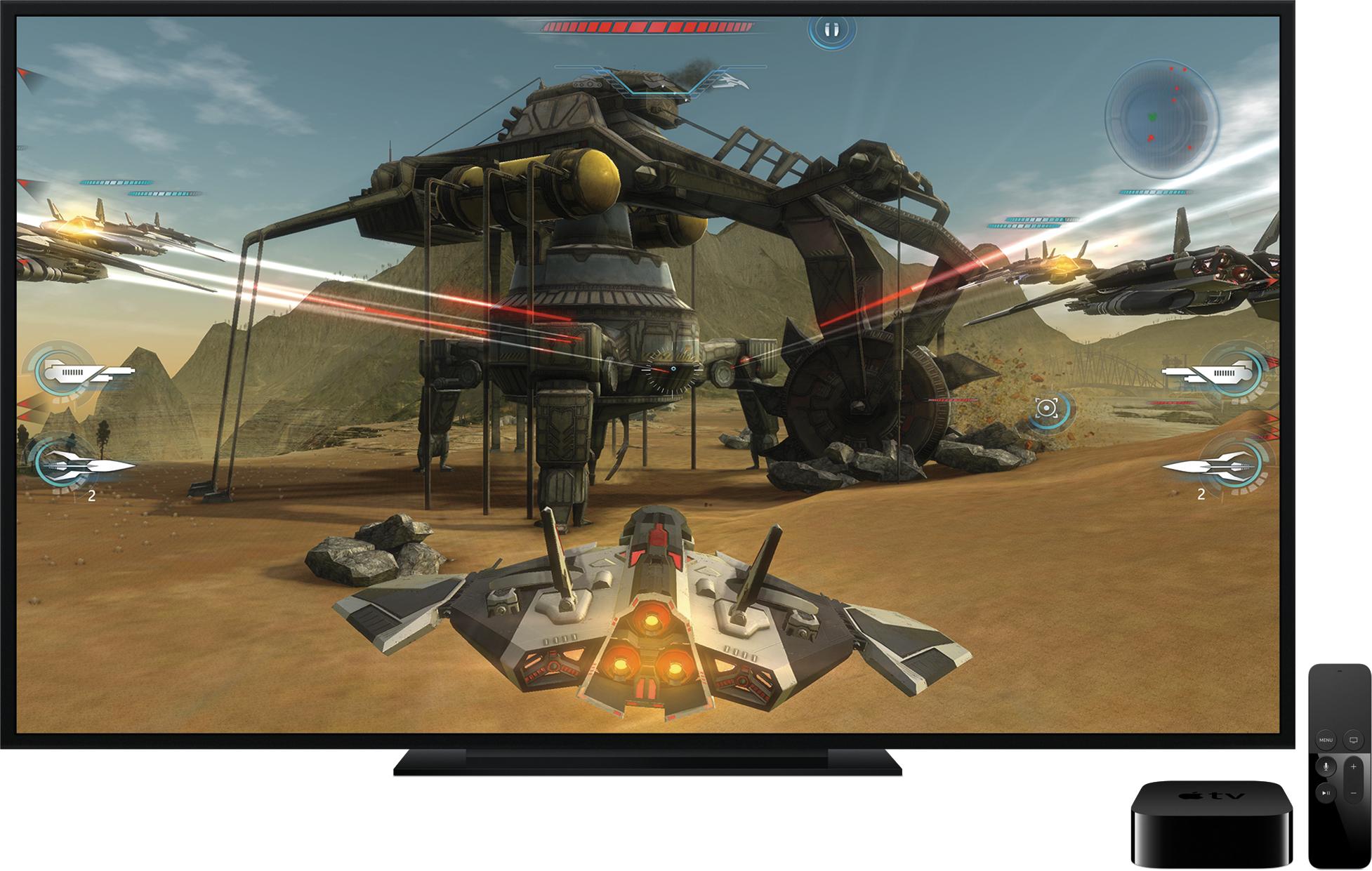 Jogo na televisão ao lado da nova Apple TV e do controle remoto
