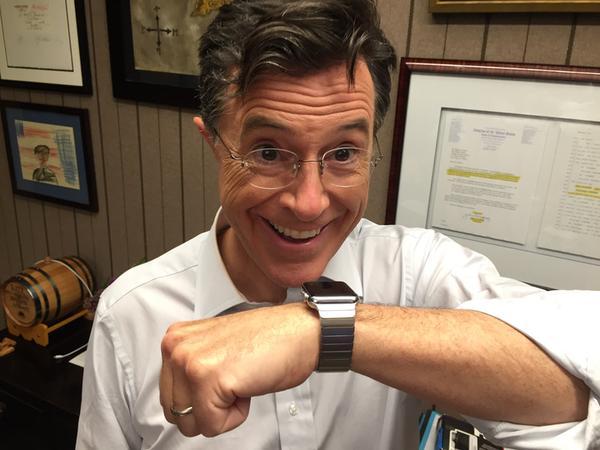 Stephen Colbert com Apple Watch