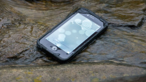 Case FRĒ para iPhone 6, da LifeProof