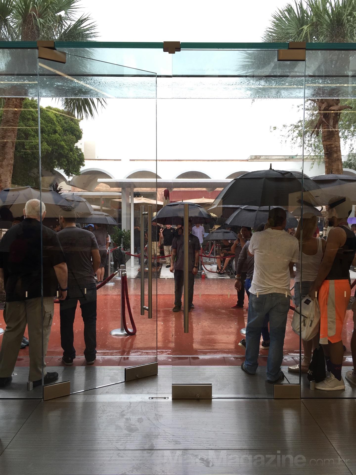 Abertura da loja - Comprando o iPhone 6s