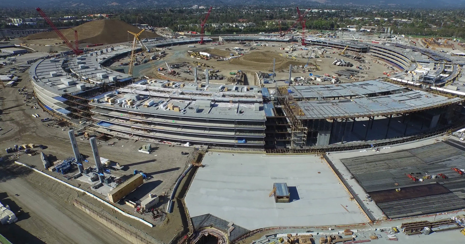Apple Campus 2 em obras