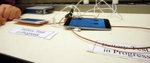 Consumer Reports testando a bateria dos novos iPhones