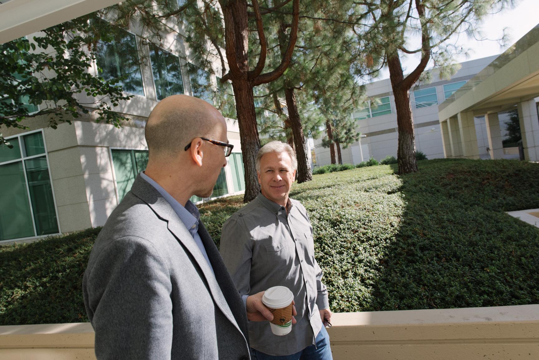 Lance Ulanoff e Phil Schiller