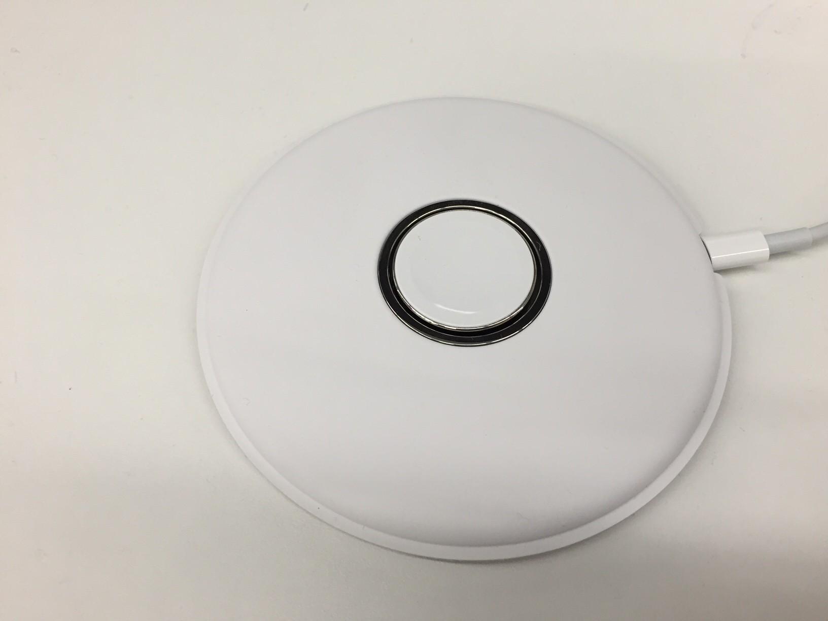 Foto do suposto Apple Magnetic Charging Dock
