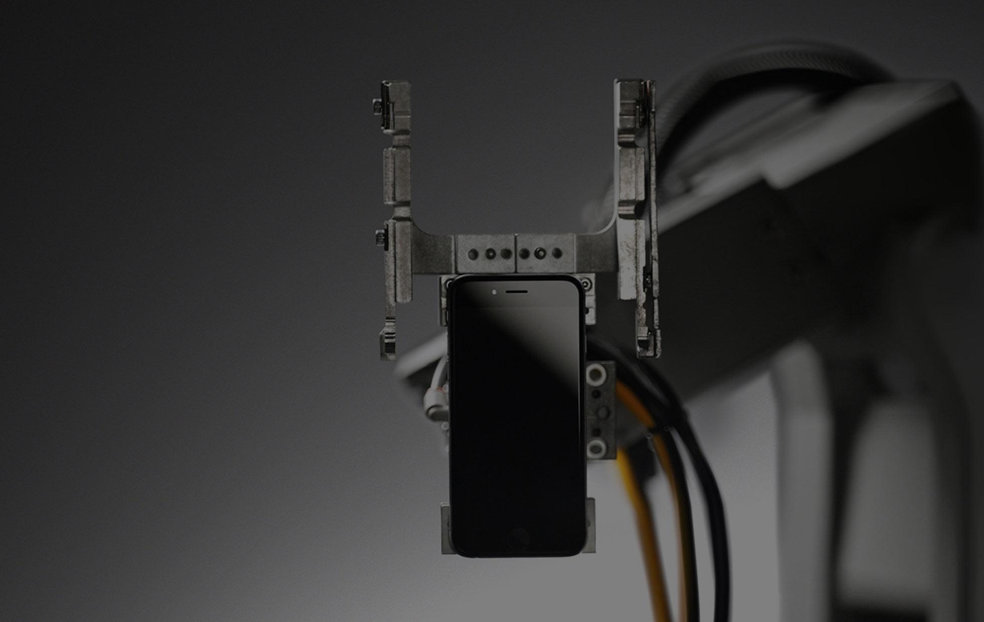 Liam - robô de reciclagem da Apple