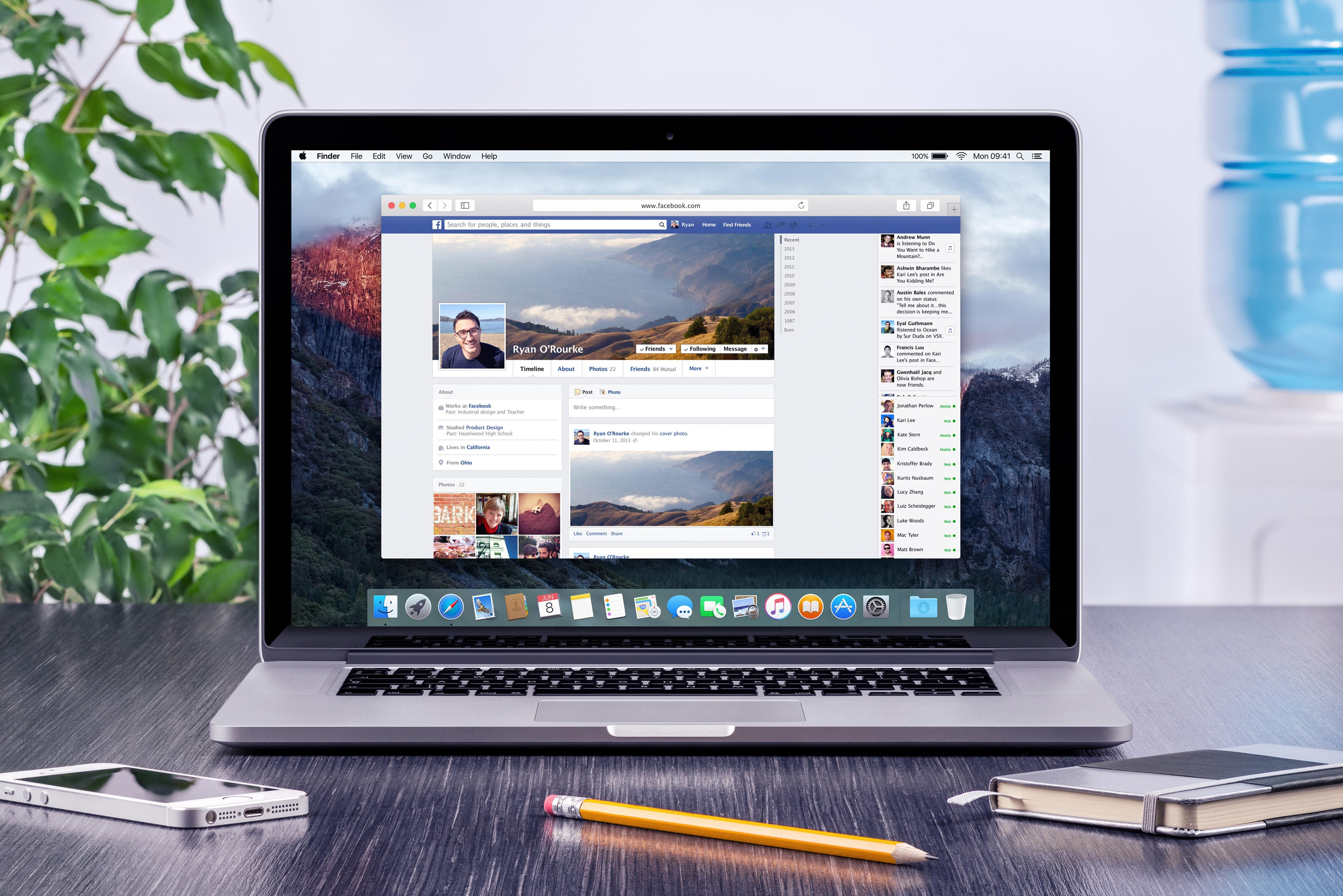 Facebook aberto num MacBook Pro