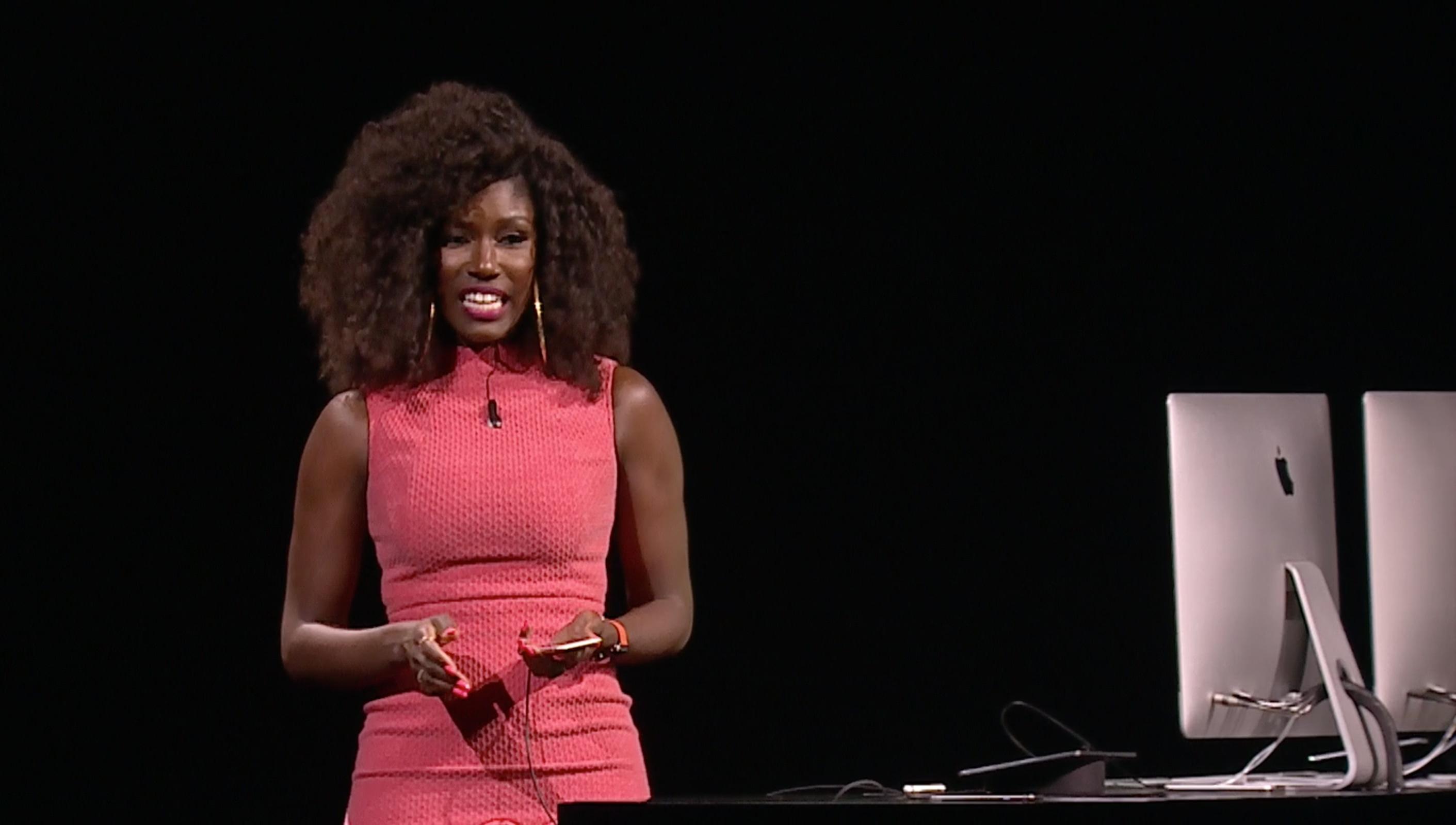 Bozoma Saint John na keynote da WWDC 2016