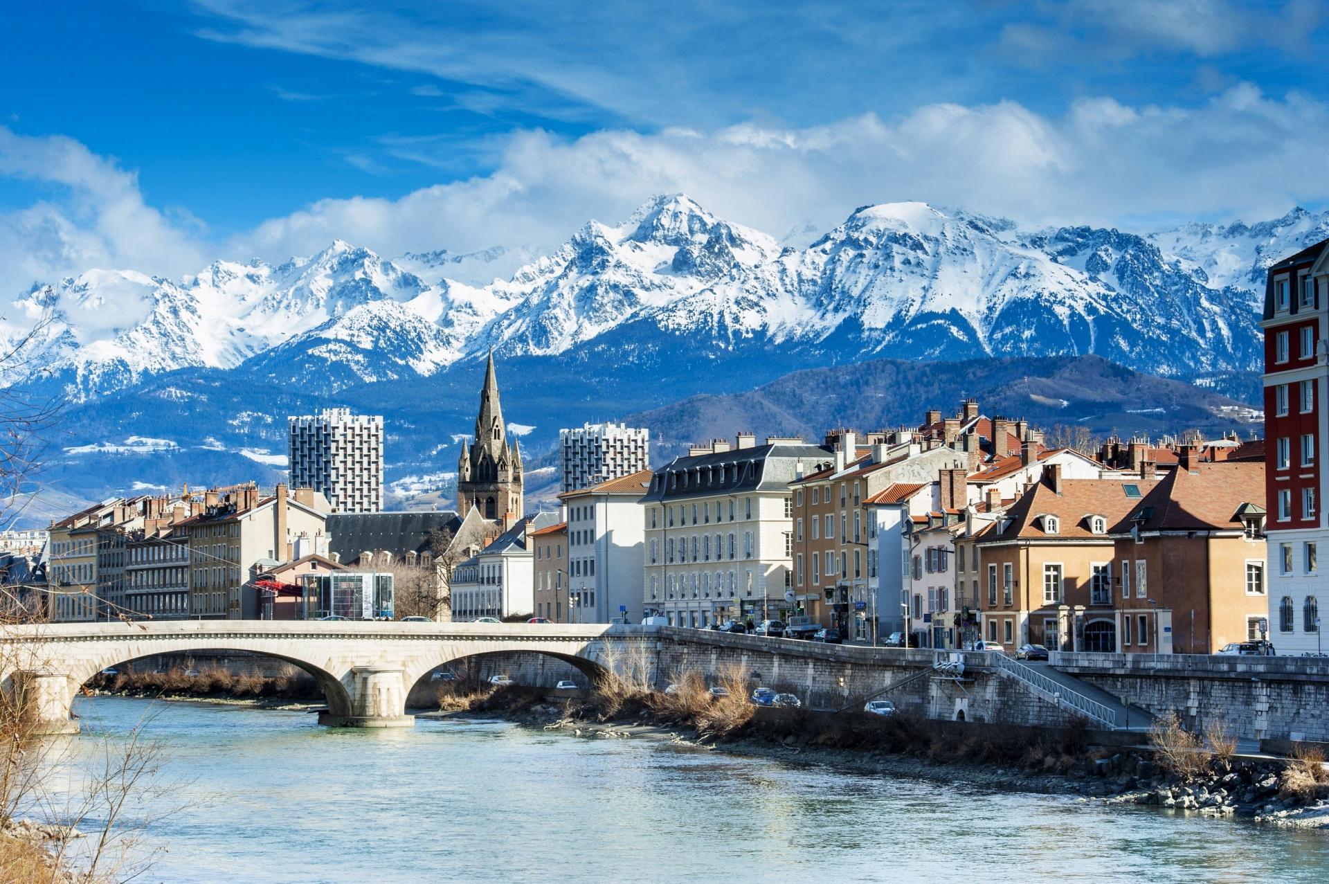 Cidade de Grenoble, na França