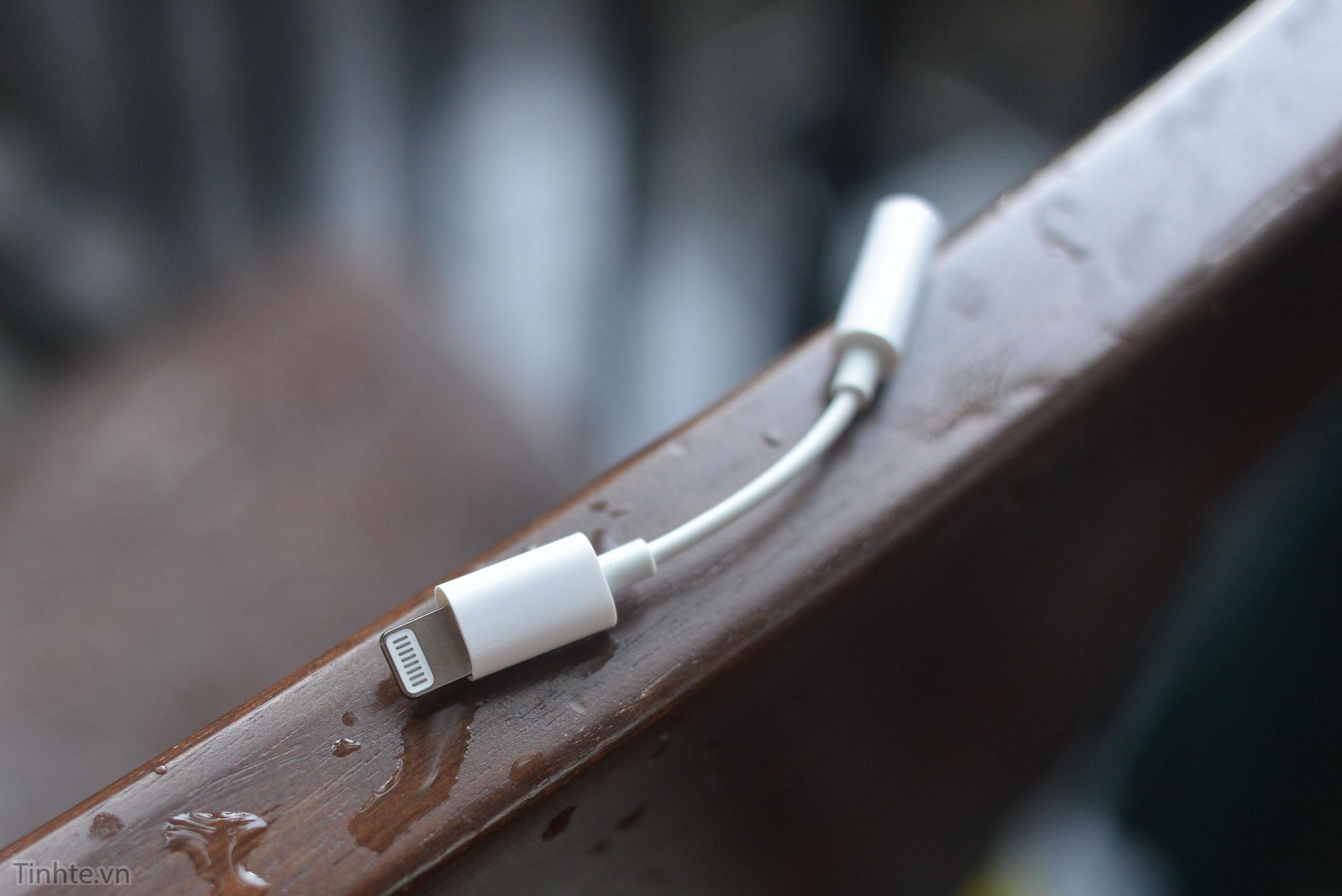 Suposto adaptador de Lightning para 3,5mm