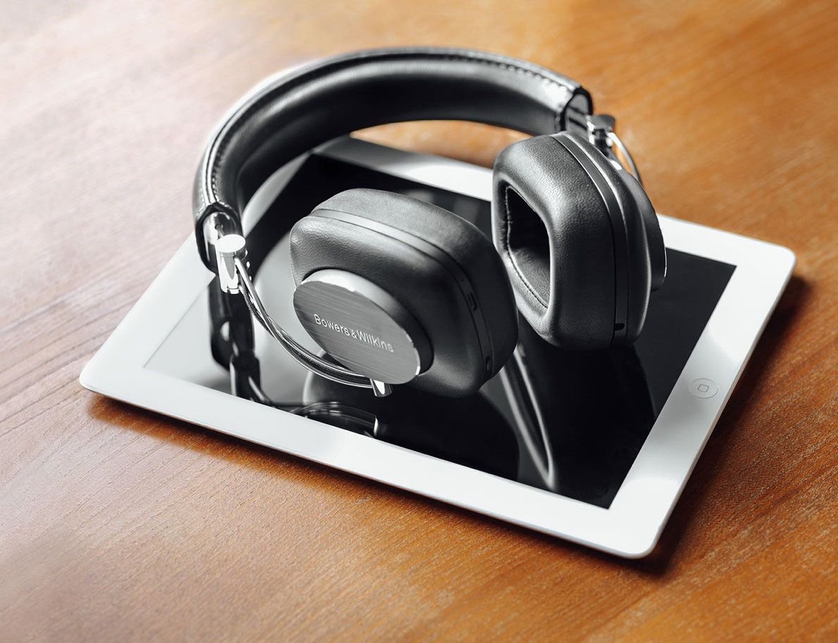 01-Bowers-and-wilkins-p7-wireless2