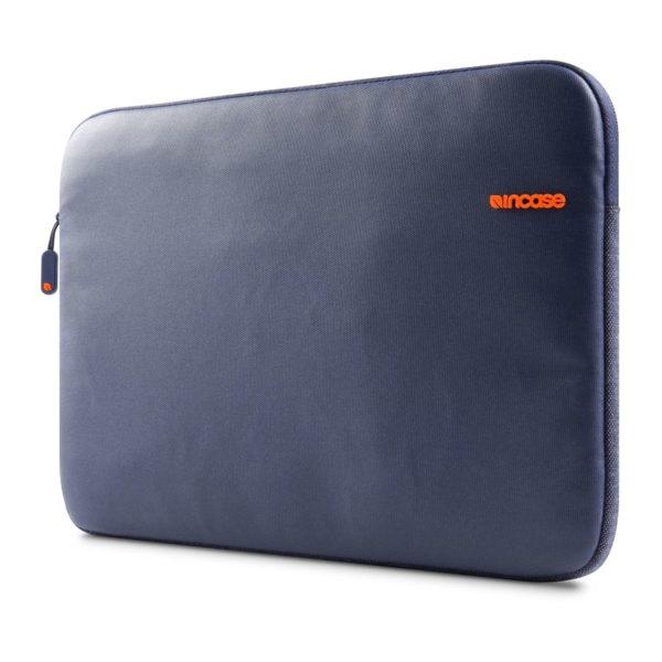 "City Sleeve para MacBook Pro de 15"", da Incase"