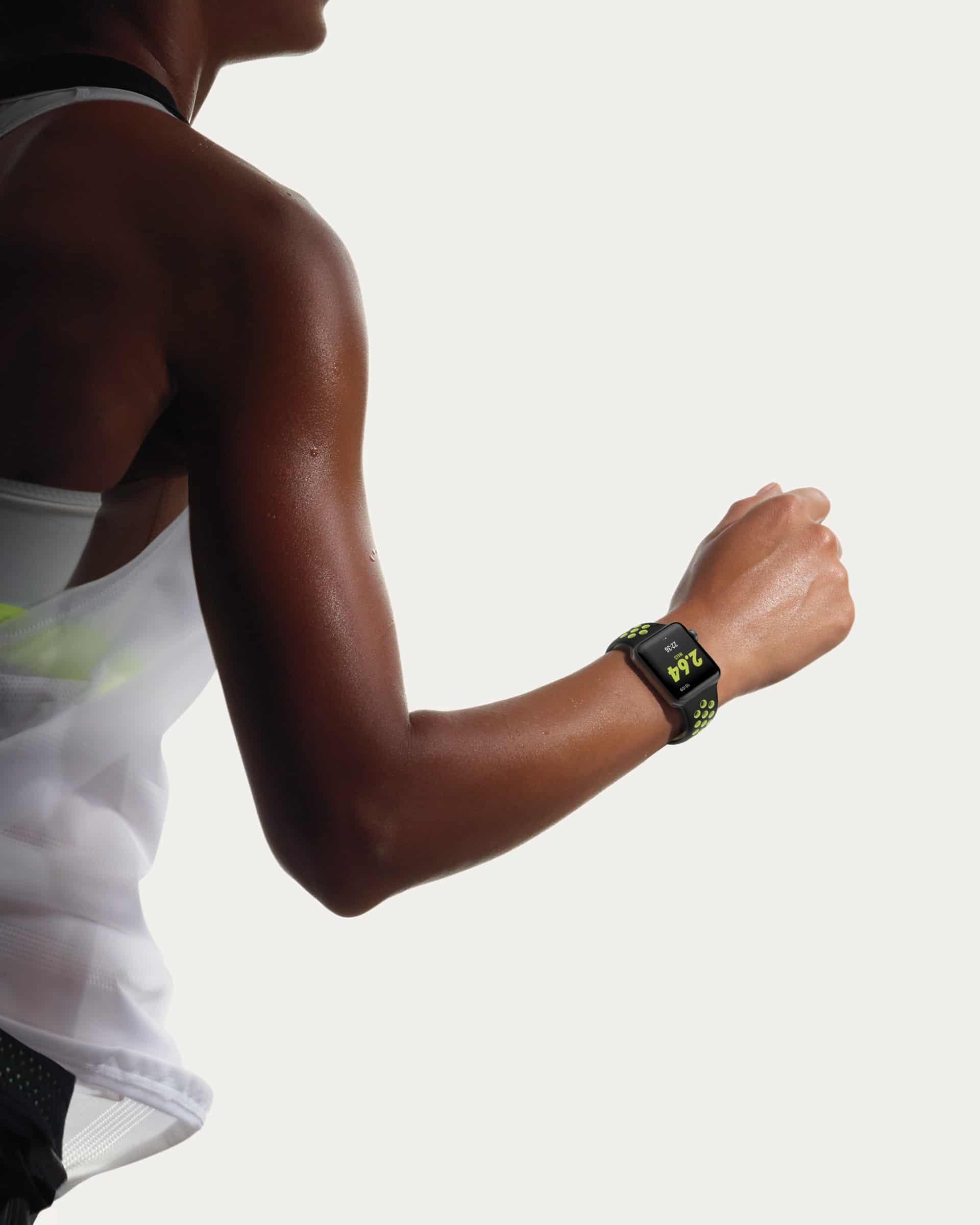 Apple Watch Nike+ sendo usado para correr