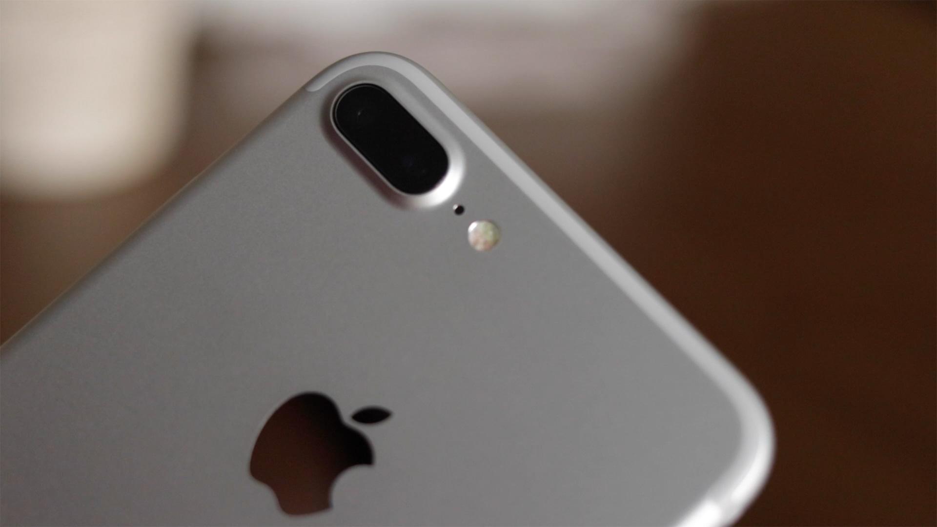Vídeo de unboxing do iPhone 7 Plus
