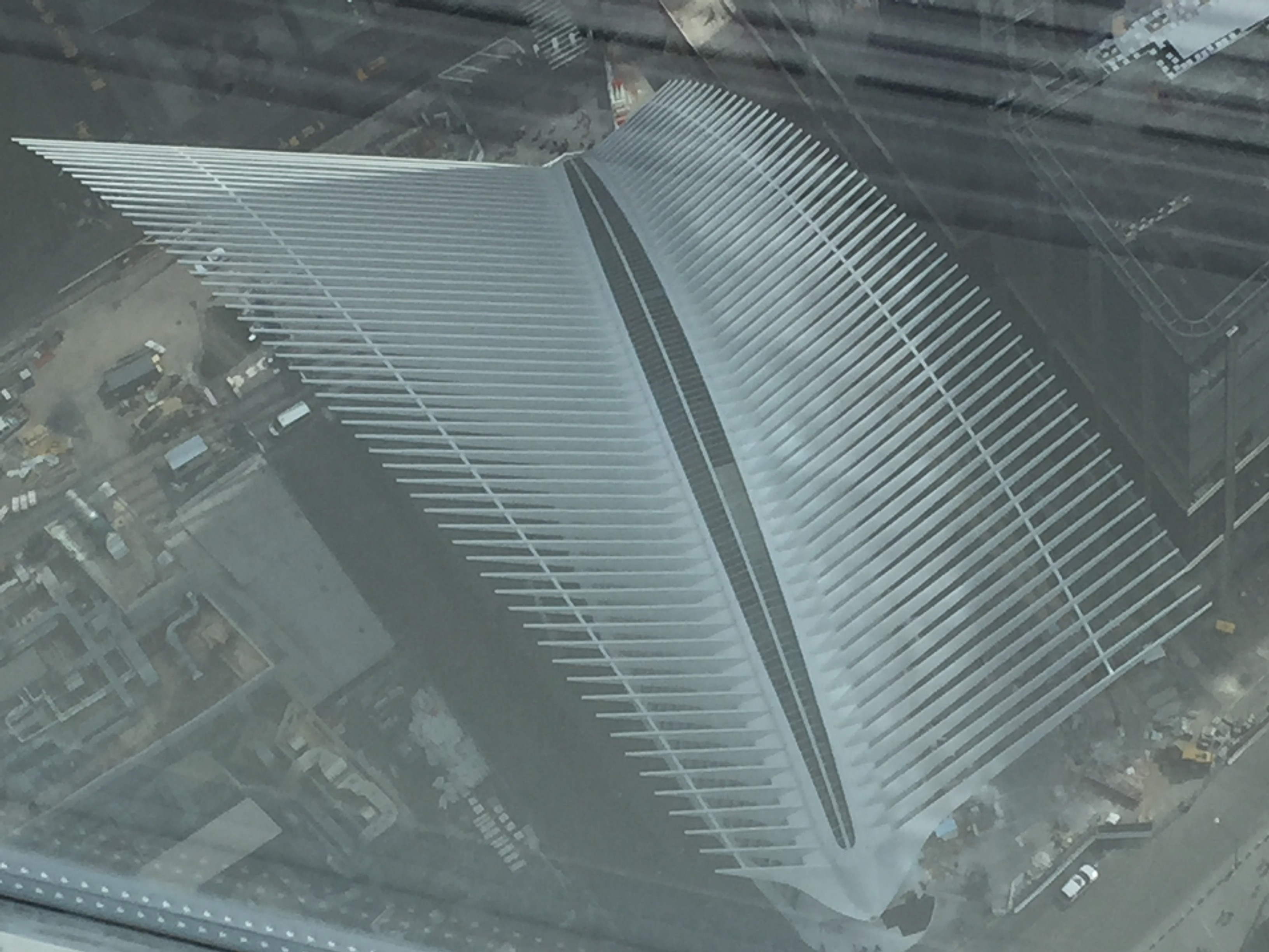 Apple World Trade Center no Oculus de Nova York