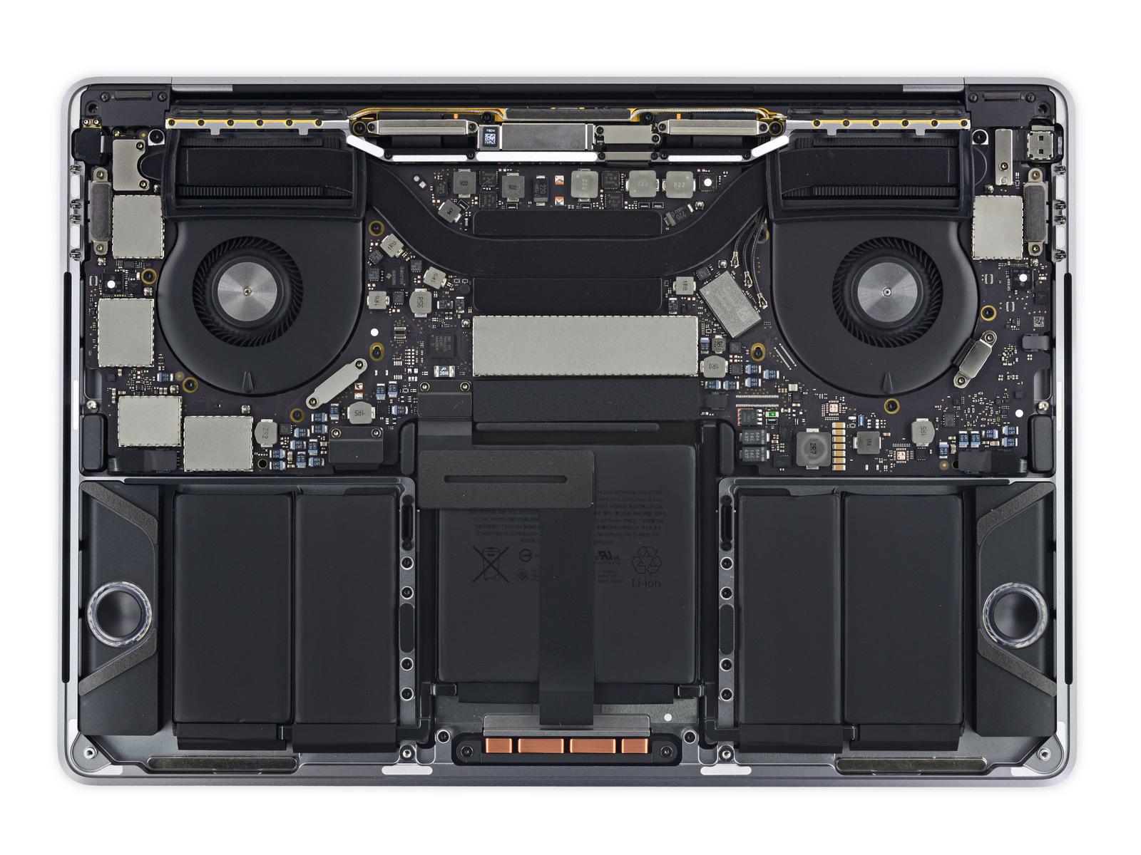 """Desmonte do iFixit do novo MacBook Pro de 13"""" com Touch Bar"""