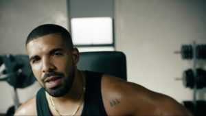 Drake em comercial do Apple Music