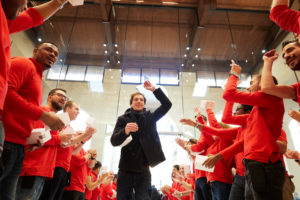 Inauguração da Apple Marché Saint-Germain