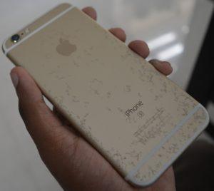 iPhone 6s oxidado/descascado