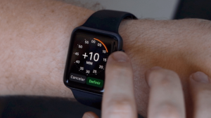 Ajuste manual de hora no Apple Watch