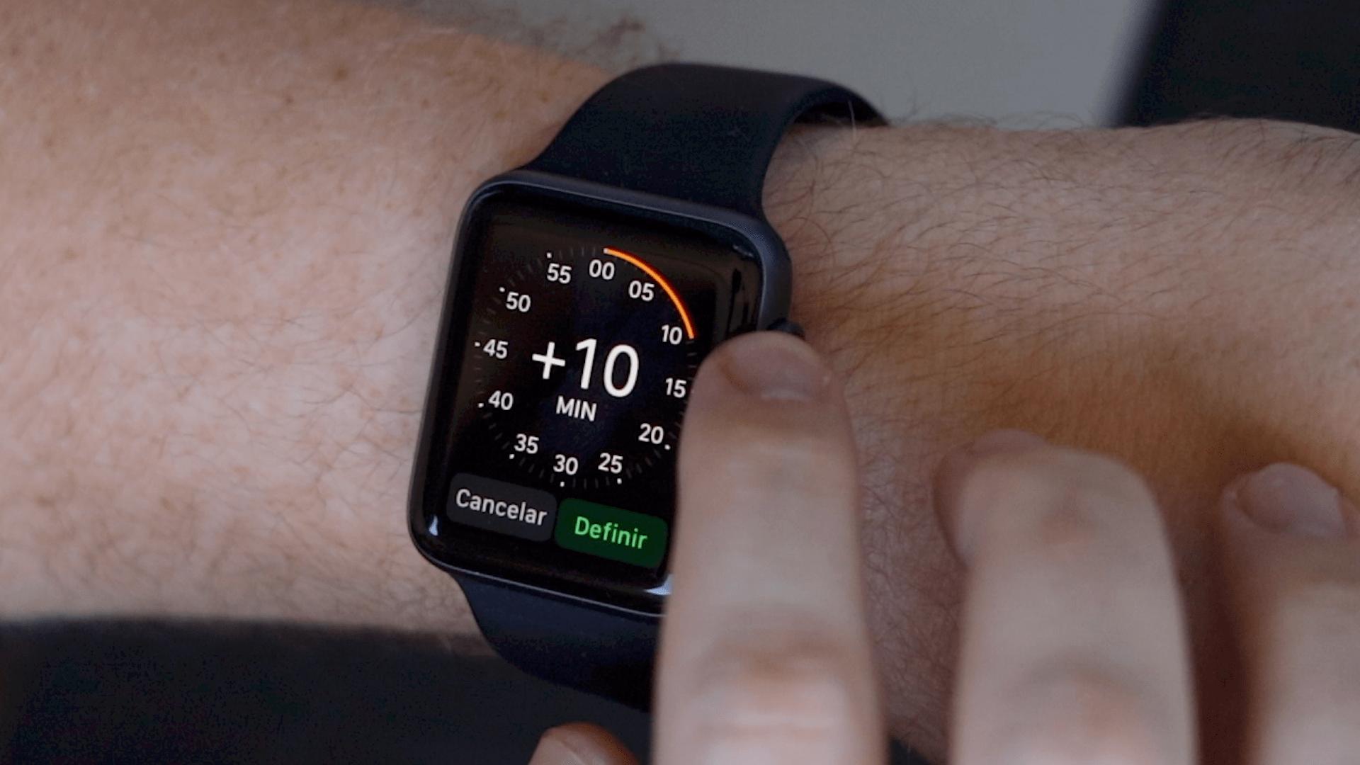 Ajuste manual de hora no Apple Watch