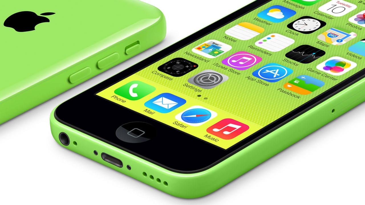 iPhone 5c verde, deitado (frente e costas)