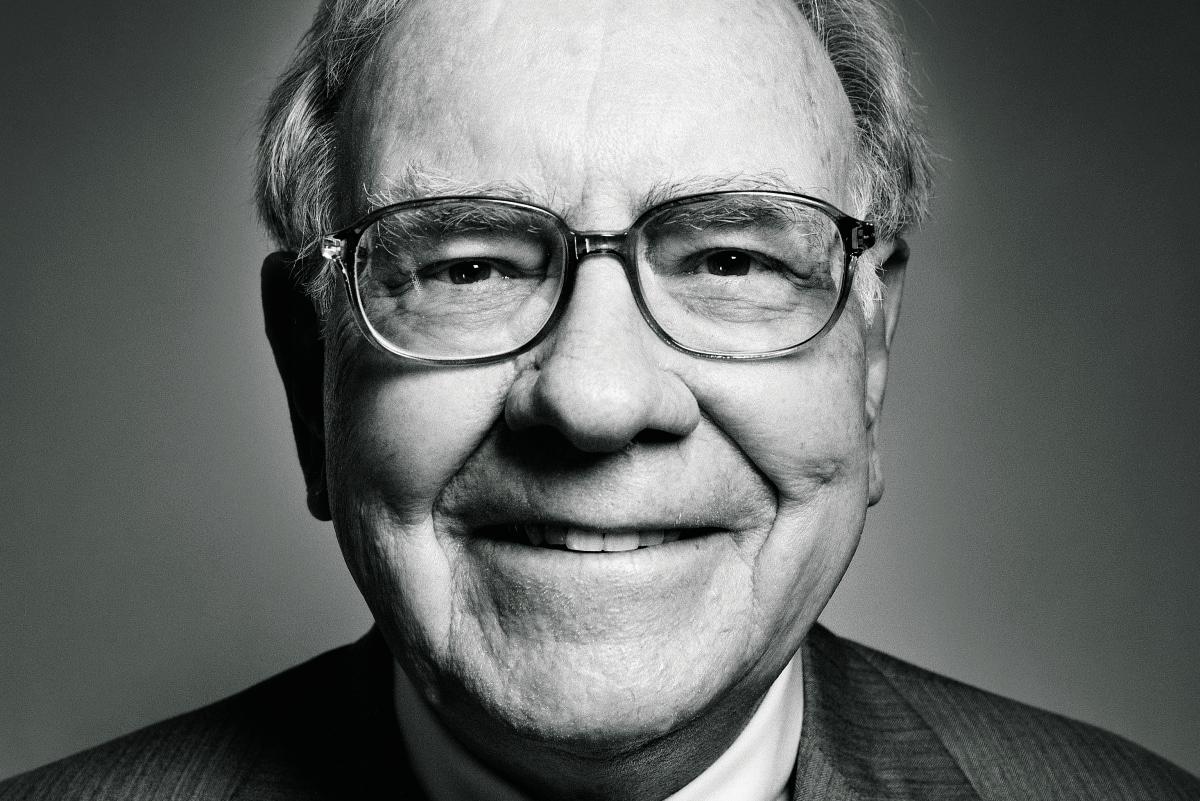 Empresa de Warren Buffett dobra o seu investimento e tem agora 2,5% da Apple