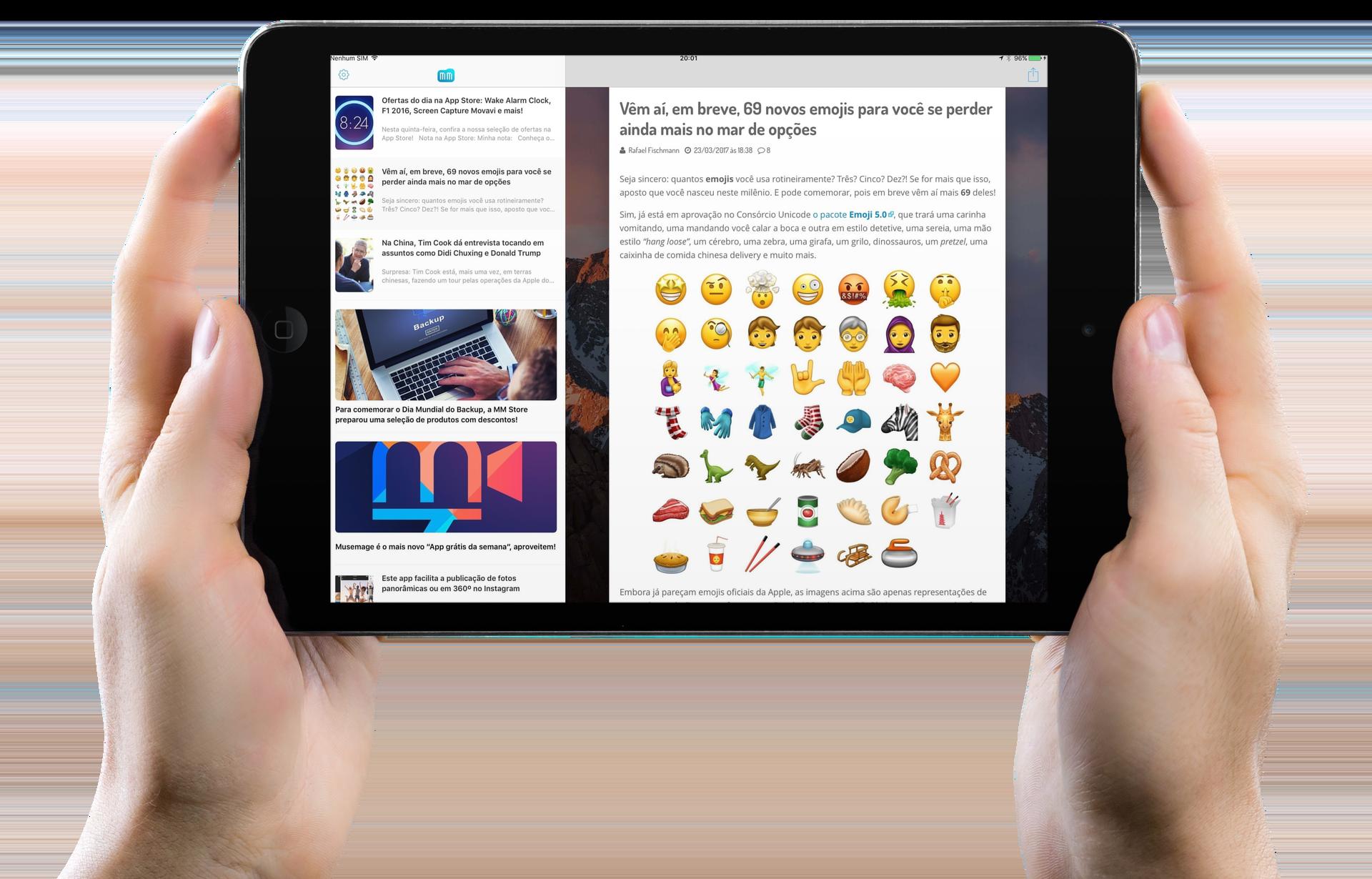 App do MacMagazine (versão 3.1) no iPad com duas mãos segurando