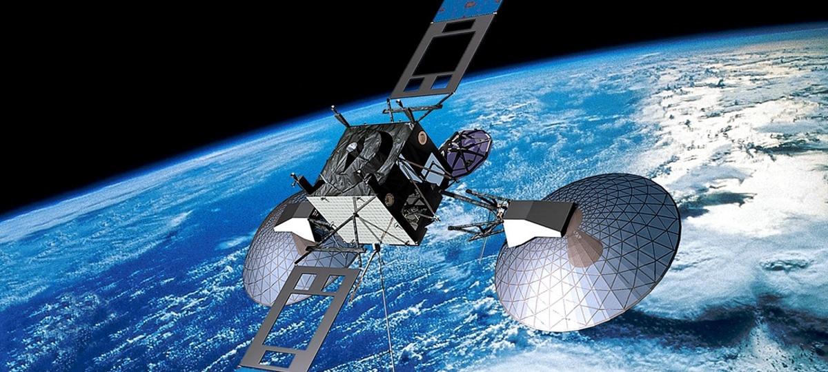 Satélite sobrevoando a Terra